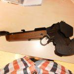Walther FP mit eigenem Linksgriff